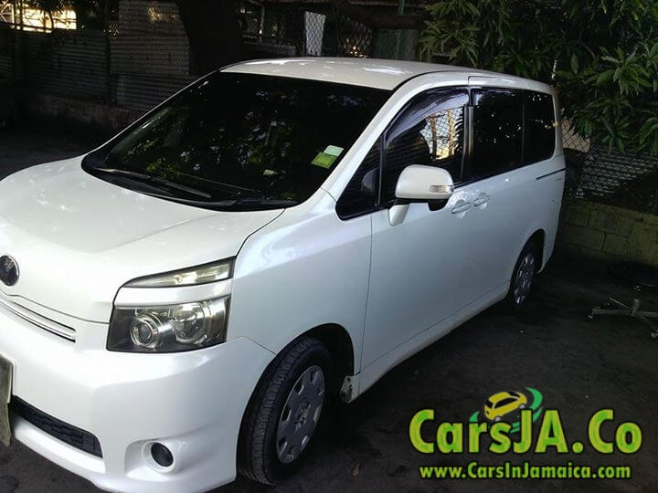 2010 Toyota Voxy For Sale In Jamaica